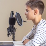 monetize your podcast with The Podcast Moneymaker Course
